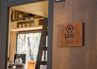 Deze kleine Australische hutten zijn ontworpen om digitaal te detoxen